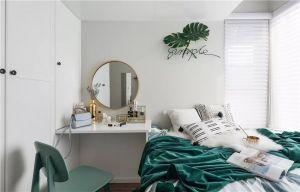 卧室白色细节装饰图片