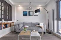 低调优雅灰色沙发装修