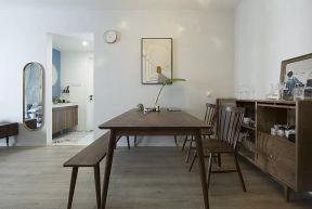 餐厅原木色餐桌设计方案