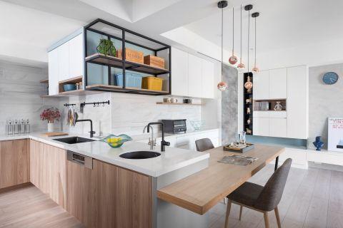 厨房橱柜简约装饰设计