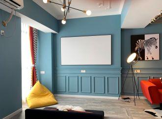 卧室冷色系电视背景墙案例图