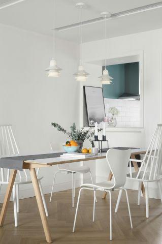 北欧餐厅餐桌装修设计