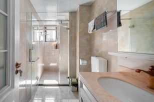 精雕细刻卫生间背景墙设计