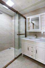 低调优雅卫生间家装设计