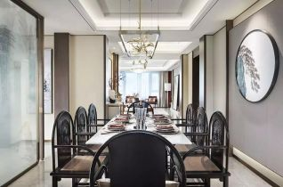 格调餐厅餐桌装潢实景图片