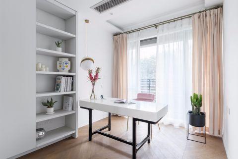 完美白色书桌室内装饰