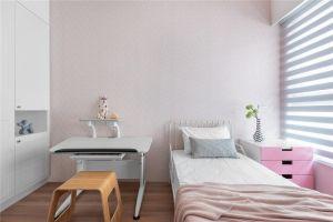清爽北欧白色床家装设计