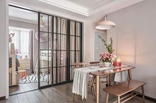 清新素丽日式原木色餐桌装修效果图