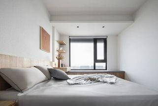 2021现代简约卧室装修设计图片 2021现代简约飘窗装修图片