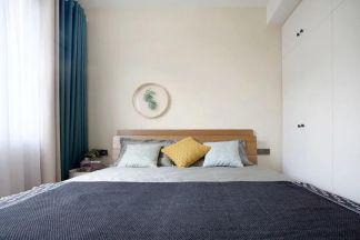 美感暖色系床装潢效果图