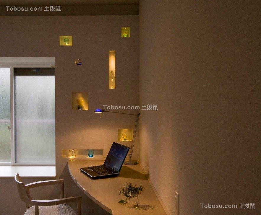 书房米色书桌北欧风格装潢设计图片