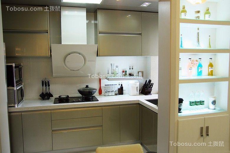厨房彩色橱柜现代简约风格装潢效果图