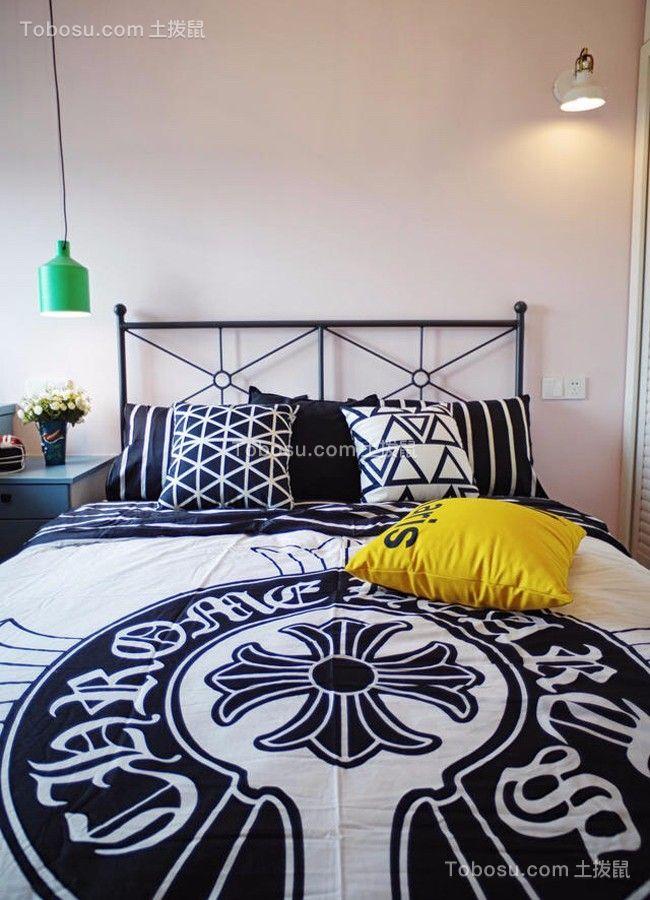 卧室黑色床室内装饰