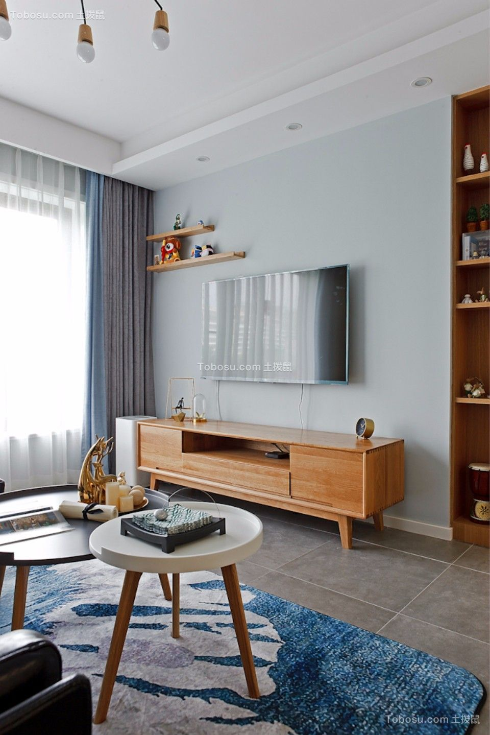 客厅咖啡色电视柜现代简约风格装饰图片