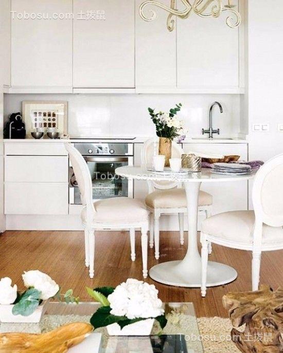 餐厅白色餐桌现代风格装修图片