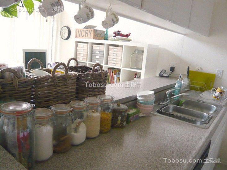 厨房白色厨房岛台简单风格装潢设计图片