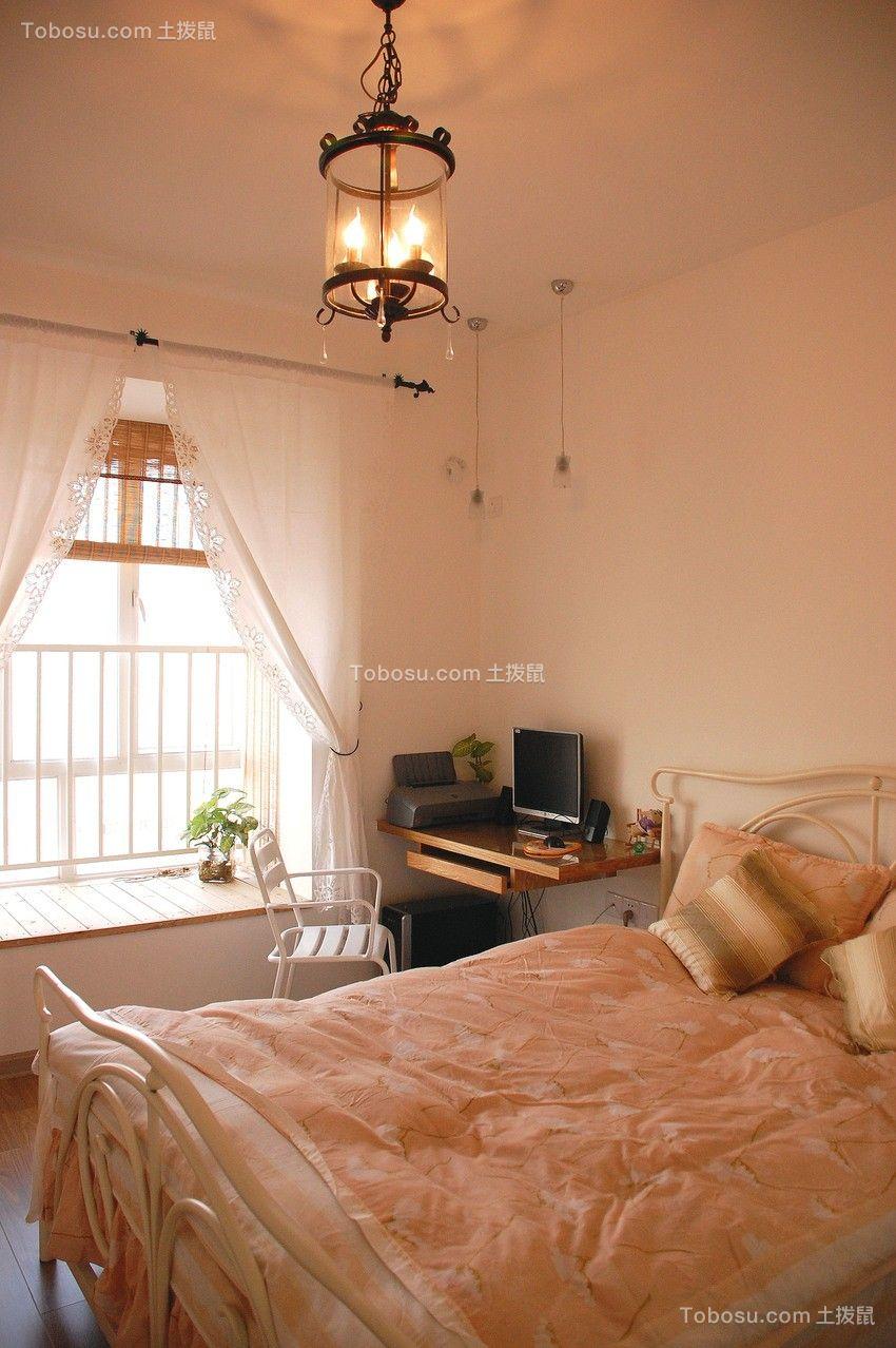 卧室白色床简约风格装潢设计图片