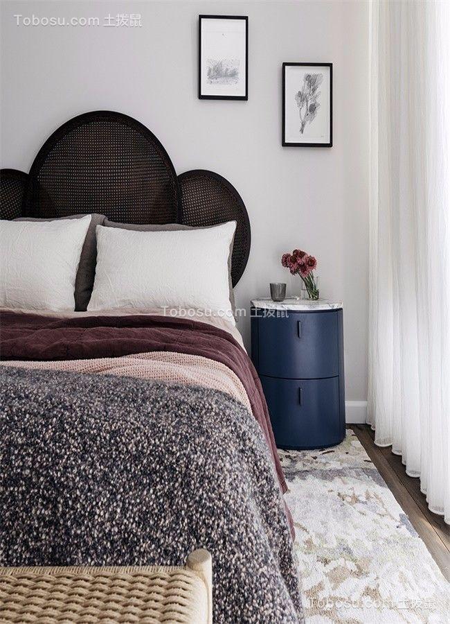 卧室蓝色床头柜北欧风格装潢效果图