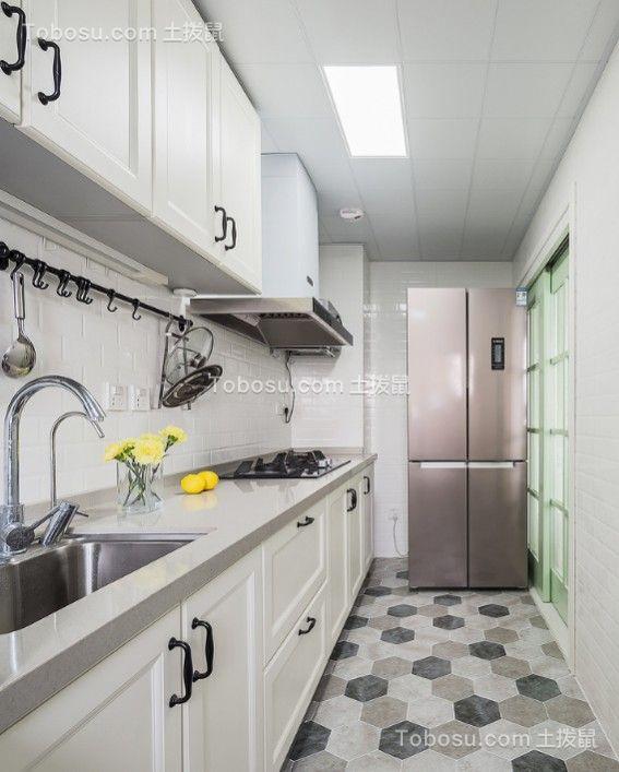 厨房白色橱柜美式风格装潢效果图