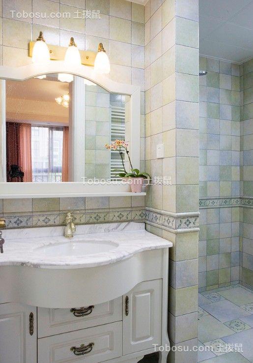 卫生间白色洗漱台东南亚风格装修图片