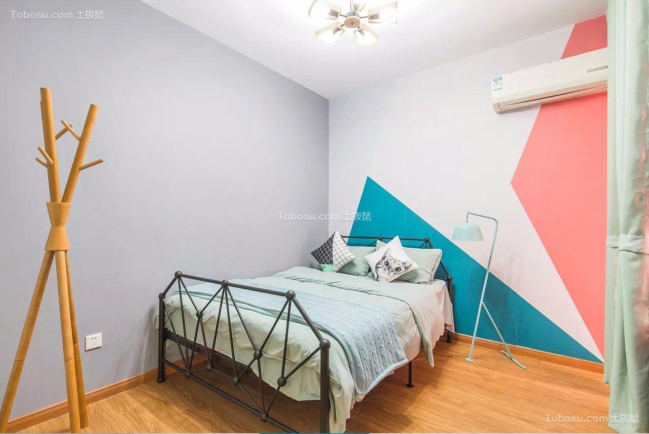 卧室黑色床简单风格装潢图片