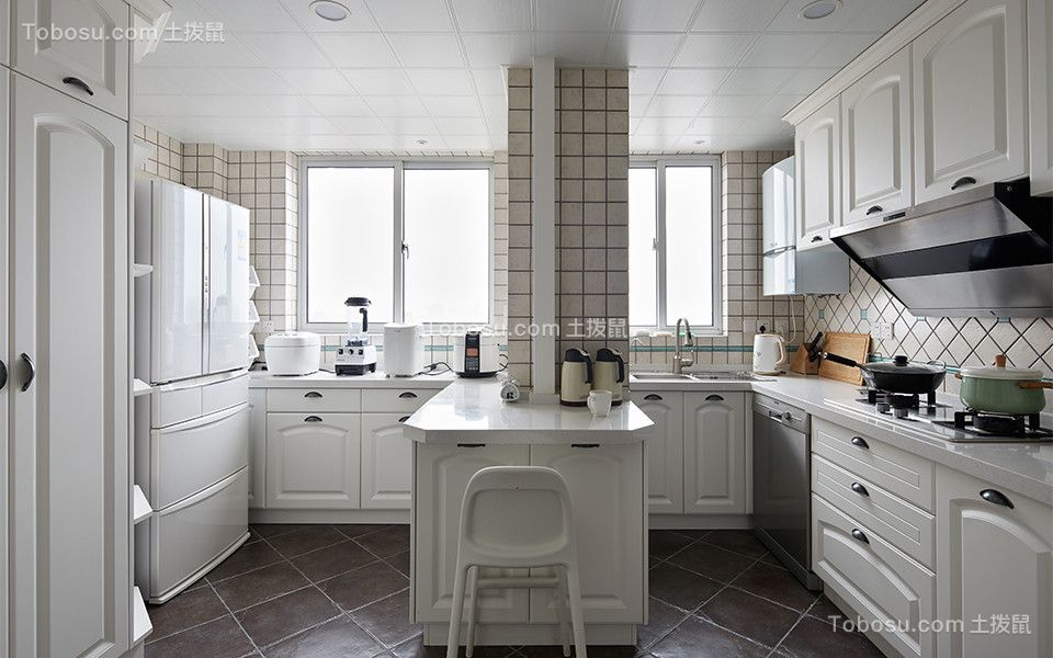 厨房 橱柜_现代简约风格90平米两室两厅新房装修效果图