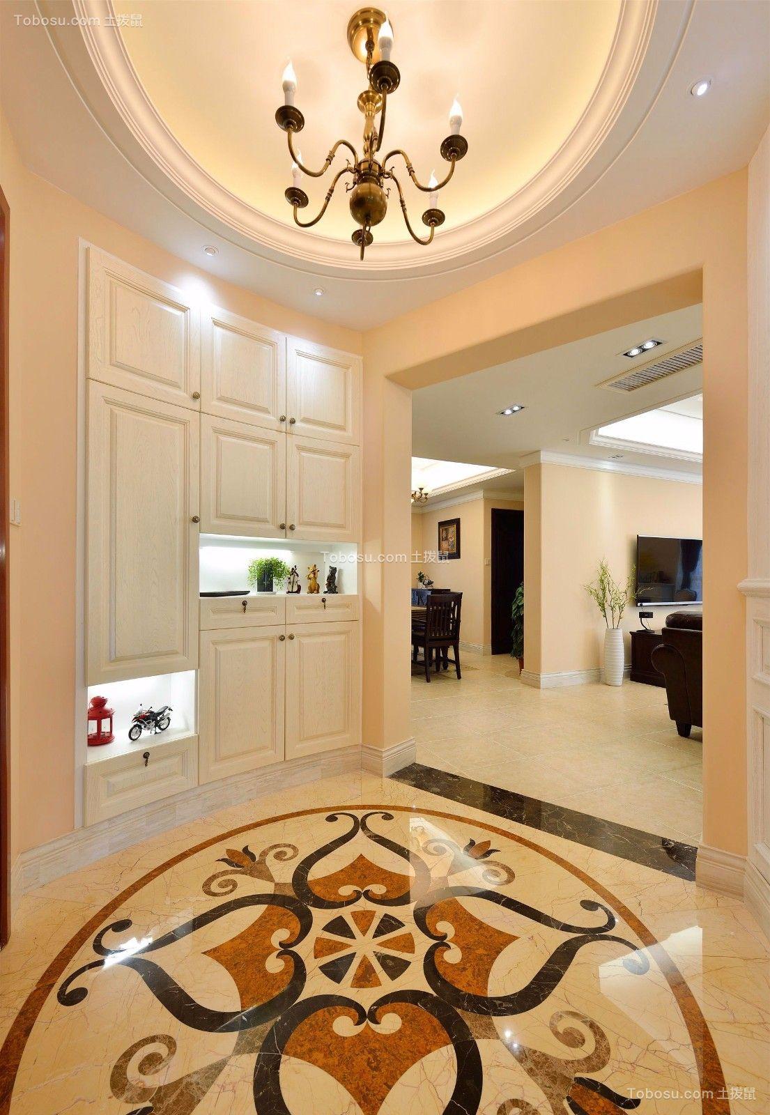 温暖白色玄关装饰实景图片