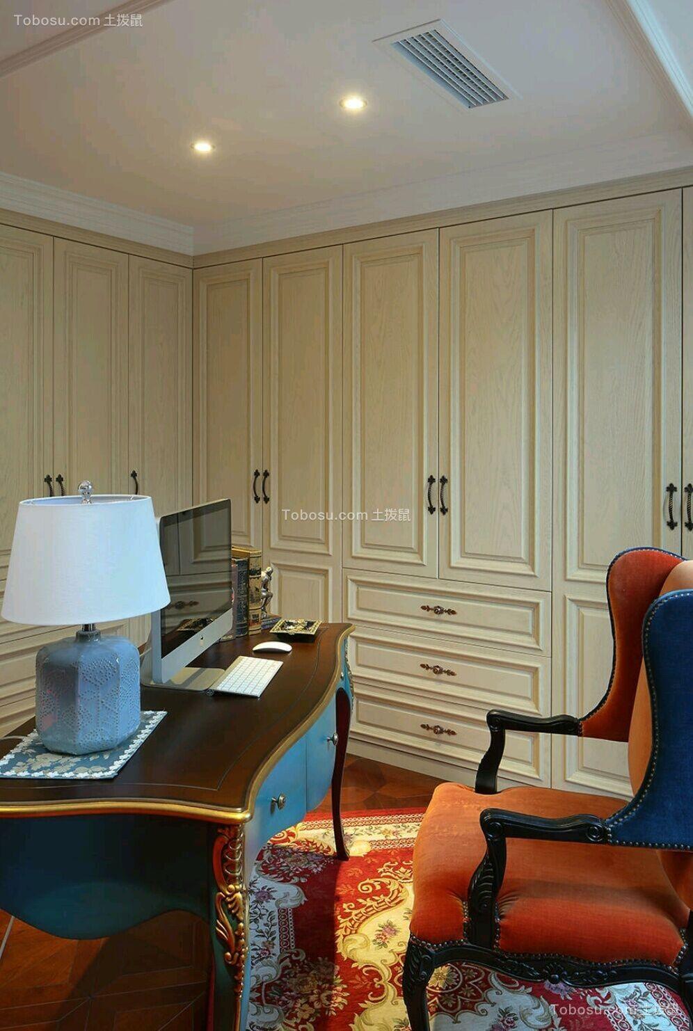 书房咖啡色书桌欧式风格装修效果图
