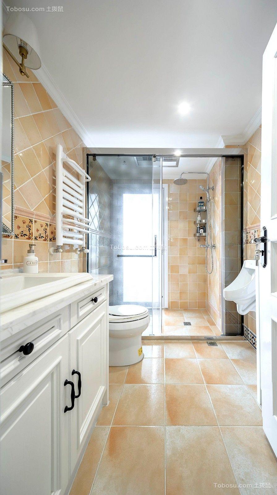卫生间黄色地砖美式风格装潢效果图