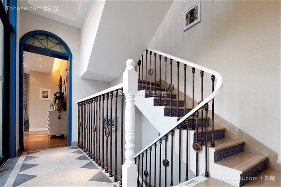 2021地中海玄关图片 2021地中海楼梯装修图
