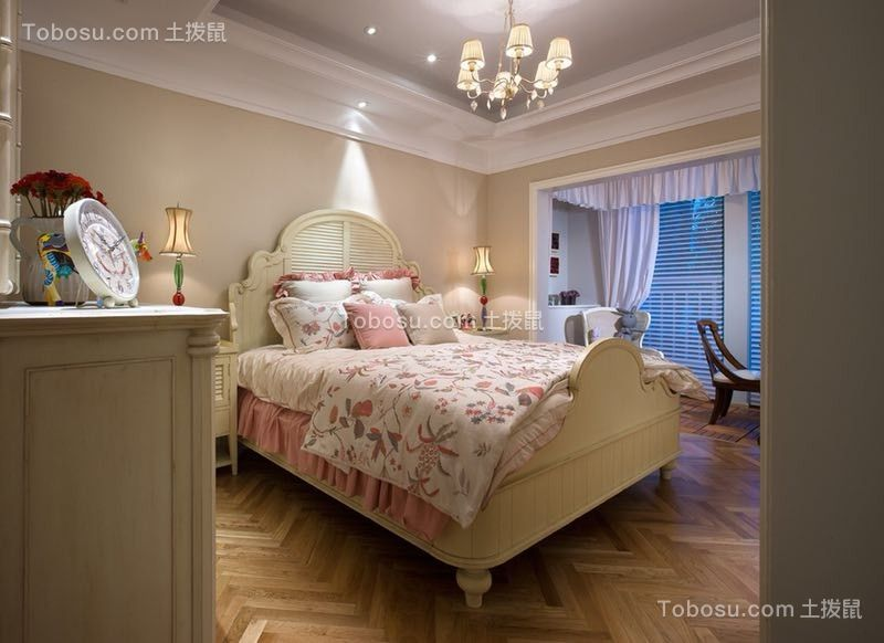 2019欧式卧室装修设计图片 2019欧式窗帘装修设计图片