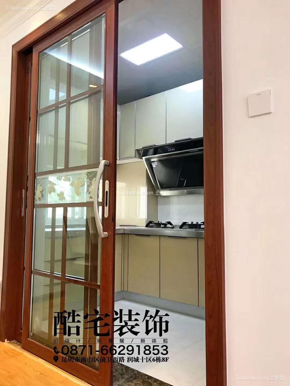 新中式风格96平套房客厅图片