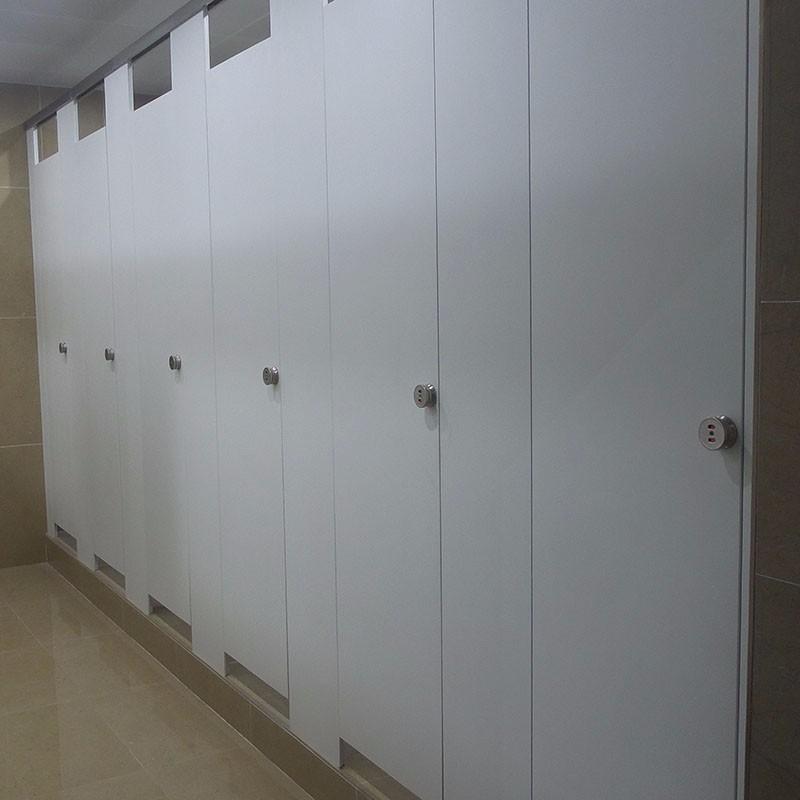 卫生间隔断可以怎么做?隔断选材要注意什么?