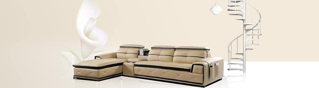 真皮沙发的柔软总给人一种减压,还原自然的感觉,合肥秋天的阳光让整个客厅通透明亮,而设计典雅、庄重大气的真皮沙发自然就成了整个客厅的点睛之笔。真皮沙发价格不菲,所以各位朋友在选择的时候都会非常慎重,今天小编就告诉大家一些选购时候的重点吧。